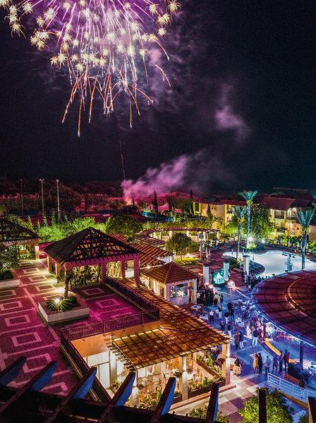 Club Aldiana Zypern Feuerwerk am Pool