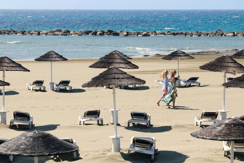 Club Aldiana Zypern Liegen am Strand