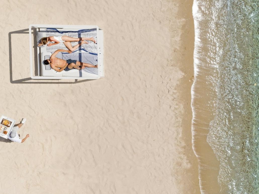 Ikos Aria All-Inklusive Luxushotel Kefalos Strand mit Liege