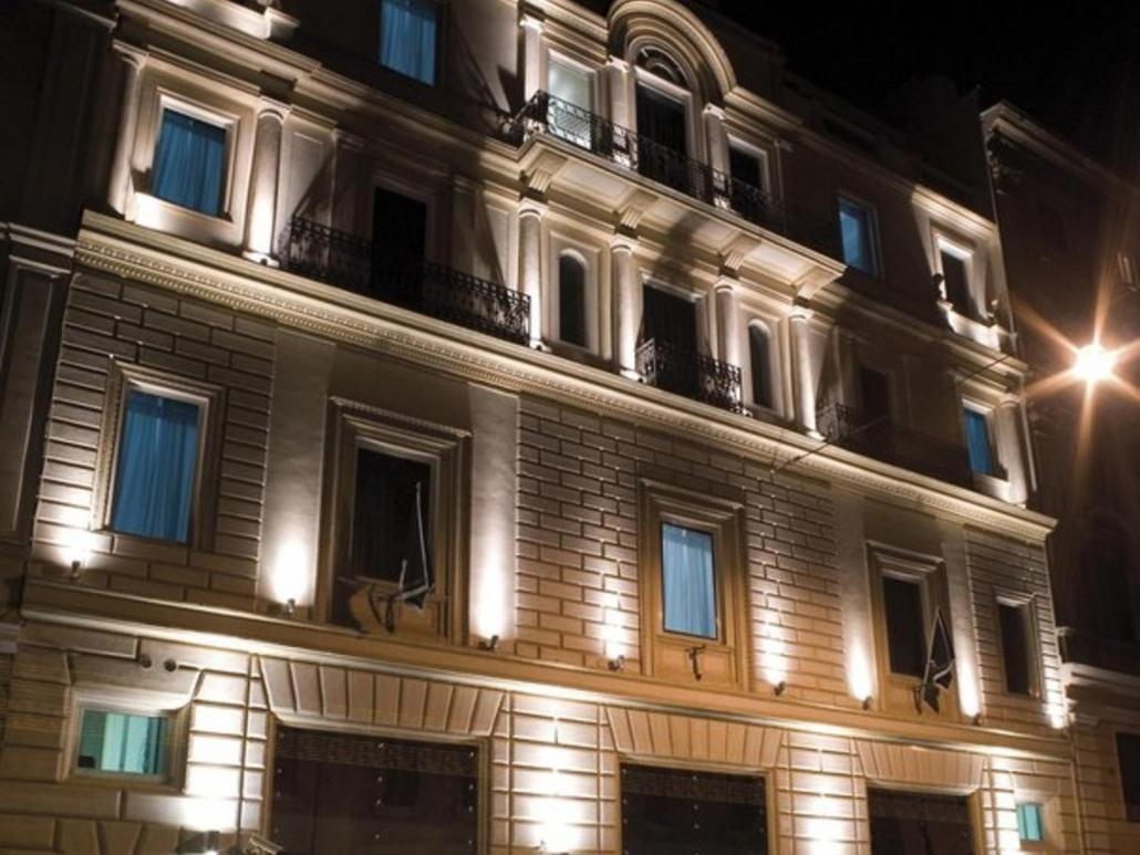 Rom Leons Place 4 Sterne Aussenansicht