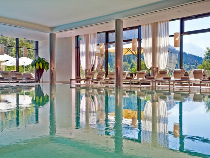 Kempinski Hotel Berchtesgaden Bayern Innenpool