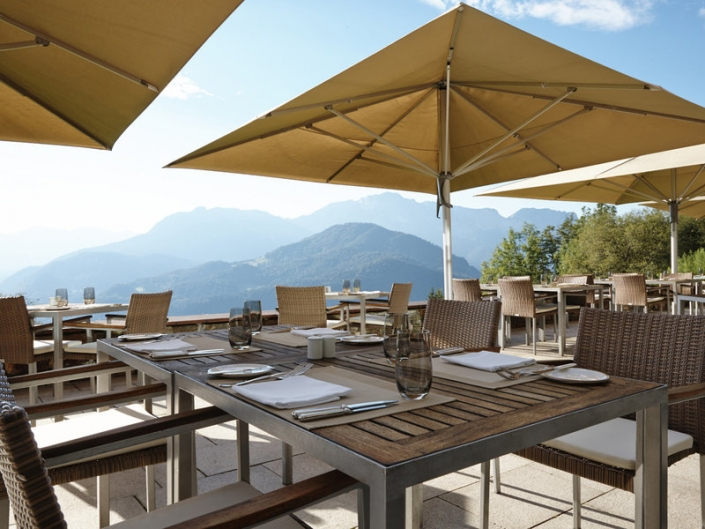 Kempinski Hotel Berchtesgaden Bayern Terrasse