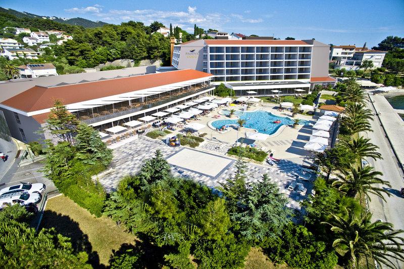 Valamar Padova Hotel Ansicht und Pool