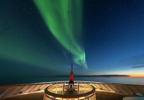 MS Roald Amundsen vor Canada
