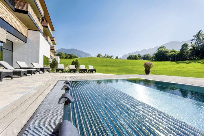 Klosterhof Premium Health Hotel, Alpine Hideaway and Spa - Der Aussenpool