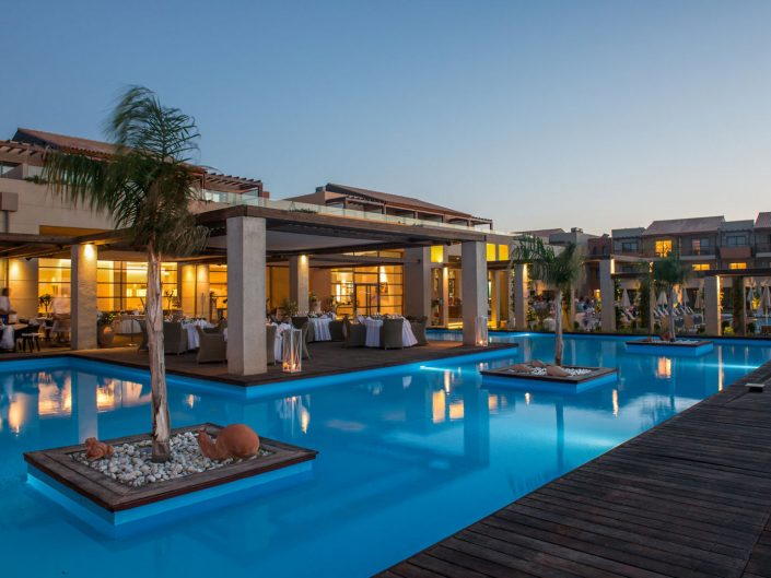 Astir Odysseus 5-Sterne Resort - Dinner am Abend