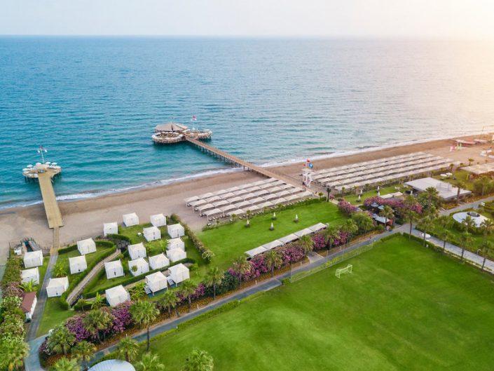 Calista Luxury Resort Familienurlaub - Strand und Badeinsel