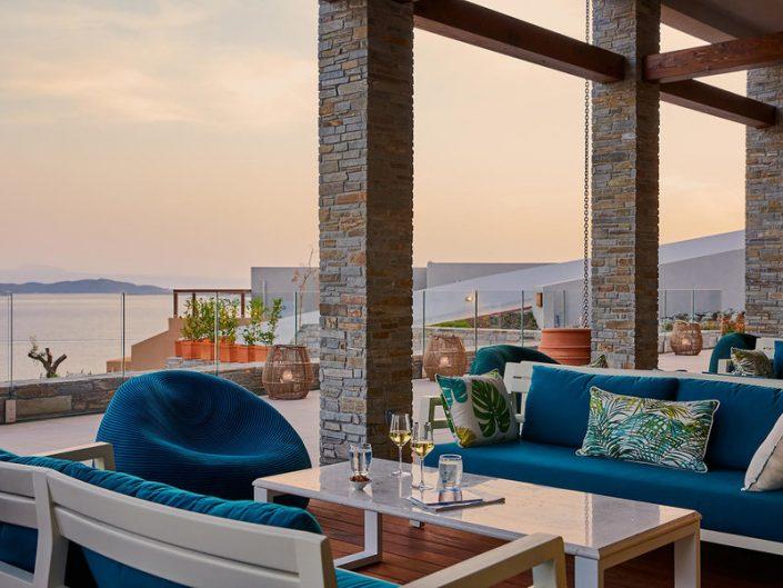 Eagles Villas Ouranoupolis Chalkidiki - Abendstimmung an der Bar