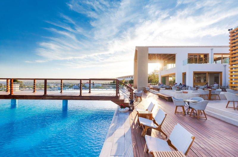 Mitsis Blue Domes Resort und Spa 5 Sterne - Restaurant am Pool