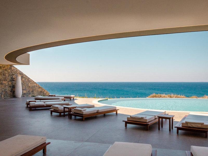 Robinson Ierapetra Kreta - Ultrabequeme Relaxliegen am Pool