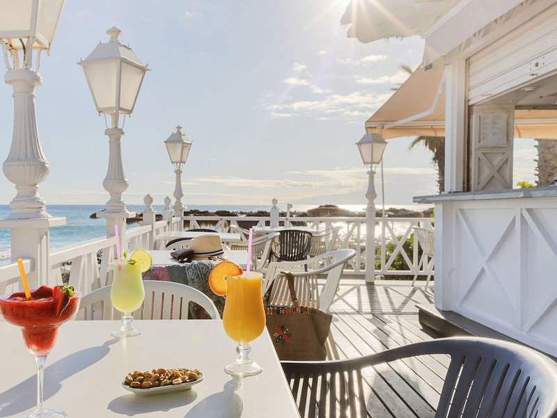 Bahia Del Duque Resort Teneriffa - Ein kleiner Drink gegen Abend nach dem Strandbesuch