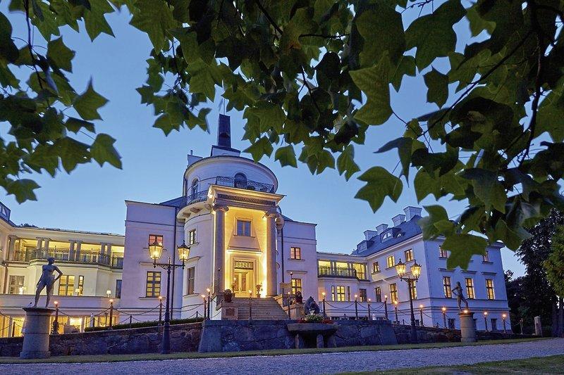 Schlosshotel Burg Schlitz - In der Abenddämmerung