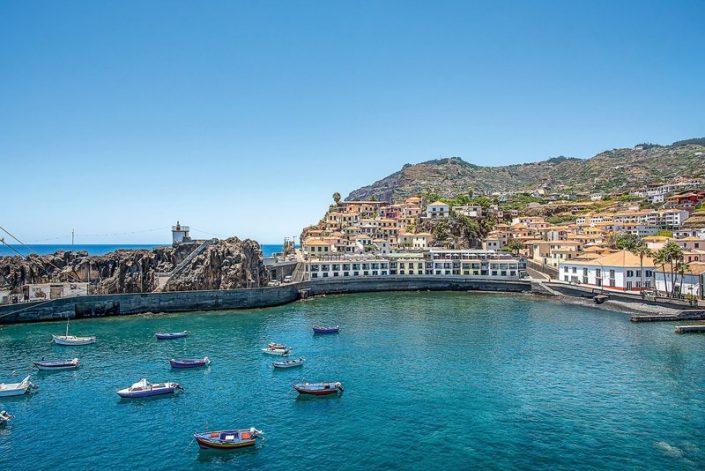 Pestana Churchill Bay Madeira - Ausblick über das Fischerdorf und den Hafen