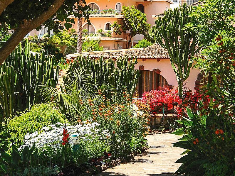 Quinta Splendida Wellness Madeira - Blumenpracht im Garten des Hotels