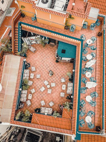 SBH Sé Boutique Hotel Funchal - Vogelperspektive auf die Terrasse