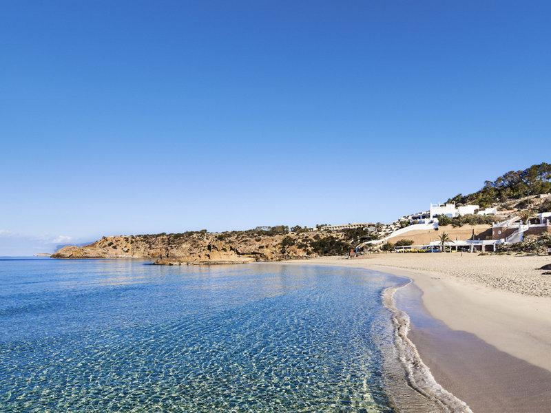 TUI SENSATORI Resort Ibiza - Blick auf den Strand