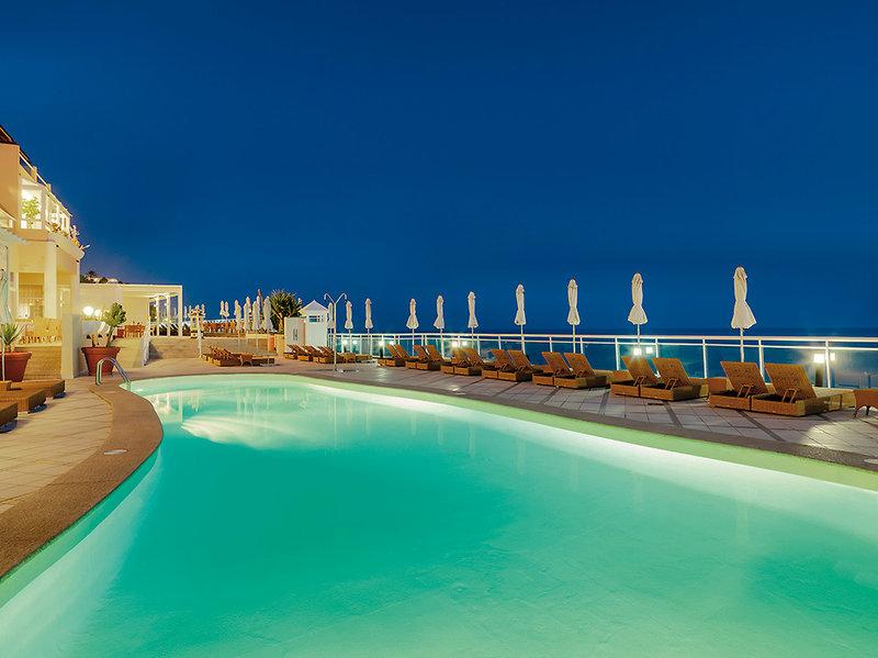 XQ El Palacete Fuerteventura - Abendstimmung am Pool