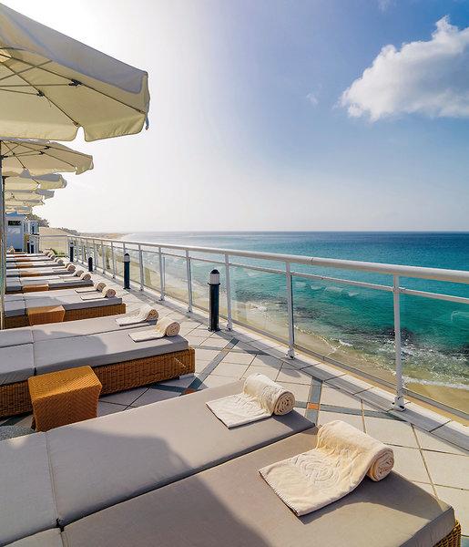 XQ El Palacete Fuerteventura - Entspannen auf der Terrasse mit Blick auf Strand und Atlantik