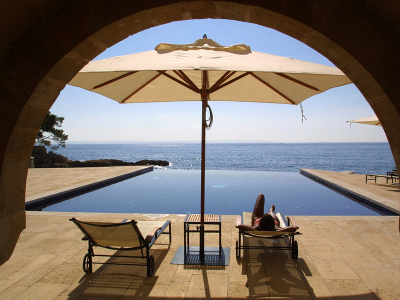 Hospes Maricel Mallorca - Vom Pool zum Meer