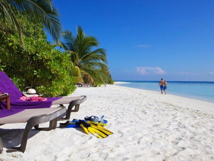 Komandoo Island Resort Malediven - Zeit und Raum am Strand einfach mal vergessen