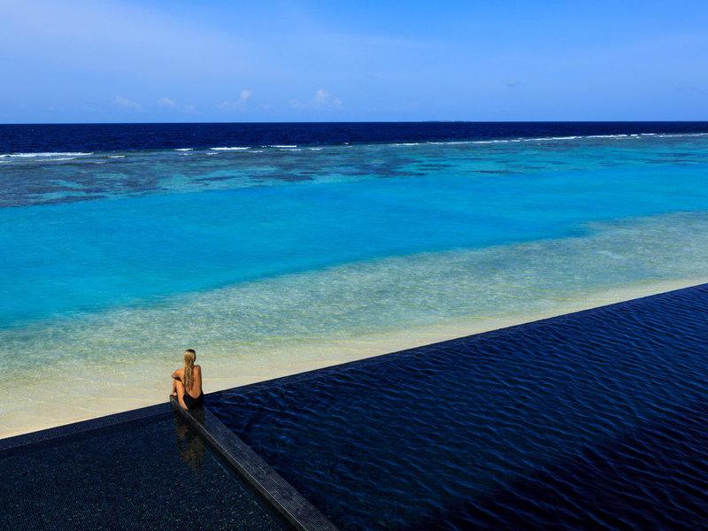 Kuramathi Island Resort Malediven - Endloses Meer hinter dem Riff