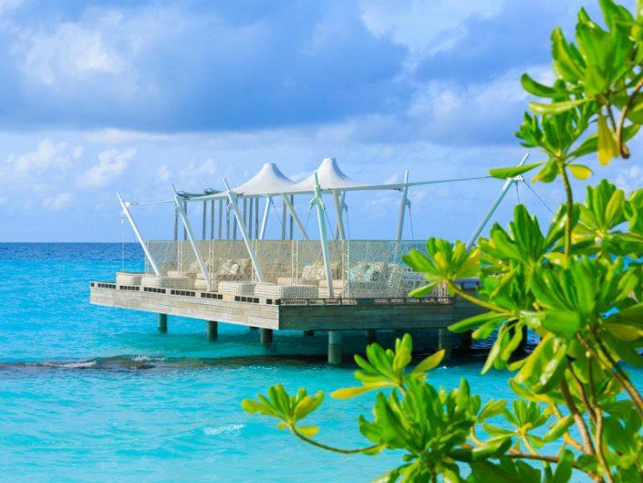 Relax Couches für Zwei am Meer