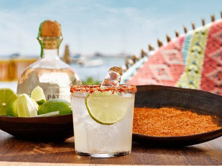 Nobu Luxus Strand Resort - Ein kühler Drink zum Entspannen auf der quirligen Insel