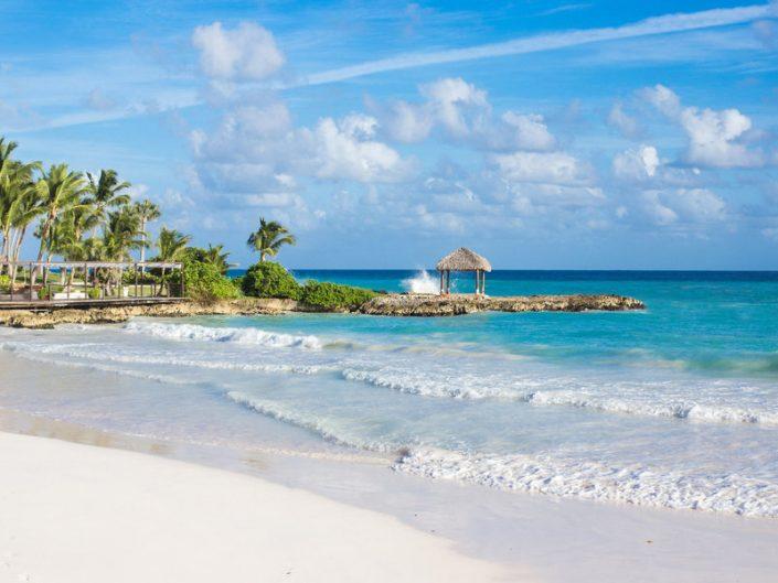 Am wundervollen Strand der Karibik