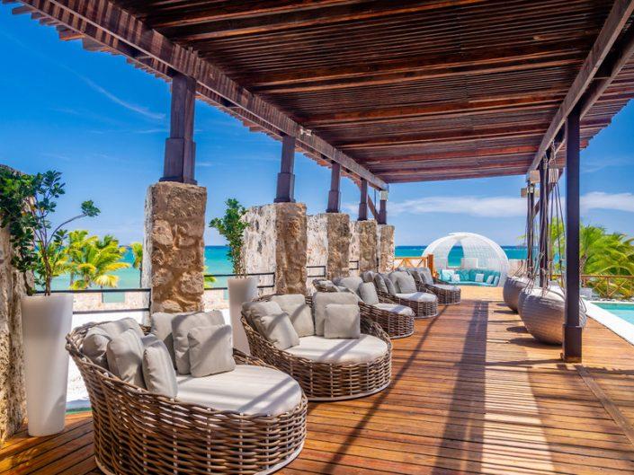 Entspannungs-und Ruhebereich im Resort verteilt