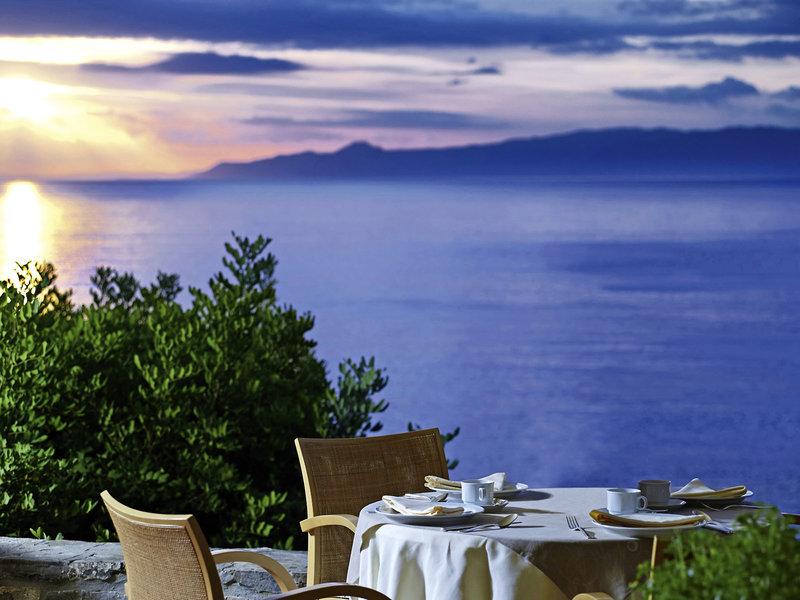 Elounda Mare Hotel Kreta - Frühstück bei Sonnenaufgang mit Mittelmeerblick