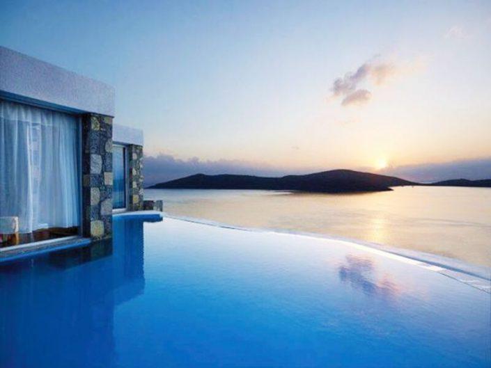 Royal Marmin Bay Kreta - Blick vom Infinitypool zum Meer