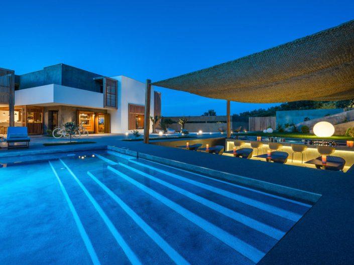 Zante Maris Suites Zakynthos - Pool und Poolbar am Abend