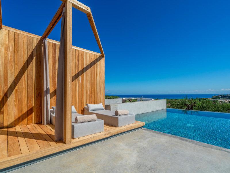 Zante Maris Suites Zakynthos - Relaxbetten am private Pool