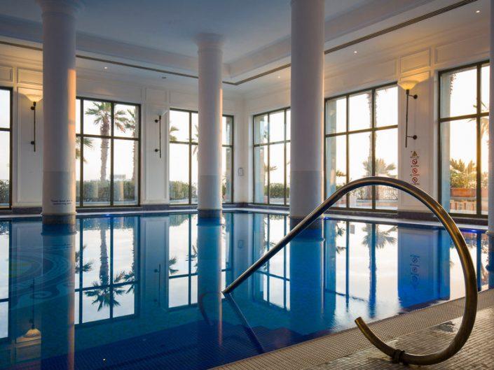 Hotel Hilton Malta- Im Innenpool im Spa
