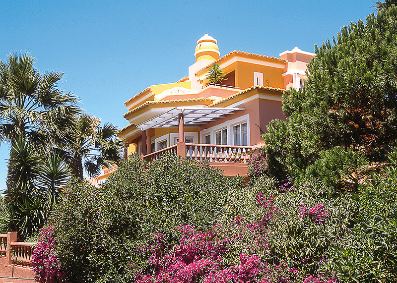 Vivenda Miranda Algarve - Blick aus dem Garten auf das romantische Hotel