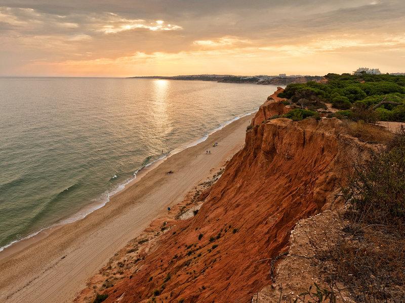 Epic Sana Albufeira an der Algarve - Blick über die Küste