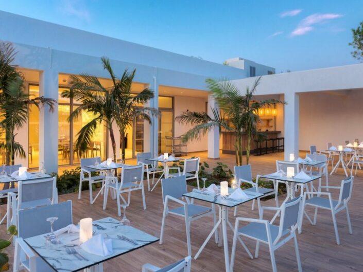 Blue Lagoon Ocean Erwachsenenhotel - Im Restaurant zum Dinner