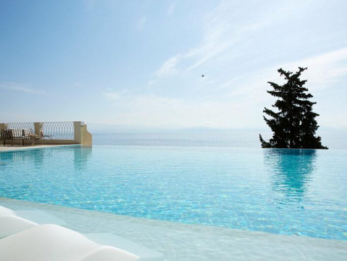 MarBella Nido Suite Hotel 5-Sterne - Entspannen am oder im Pool