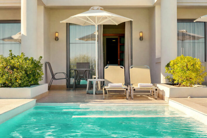 Private Pool Feeling