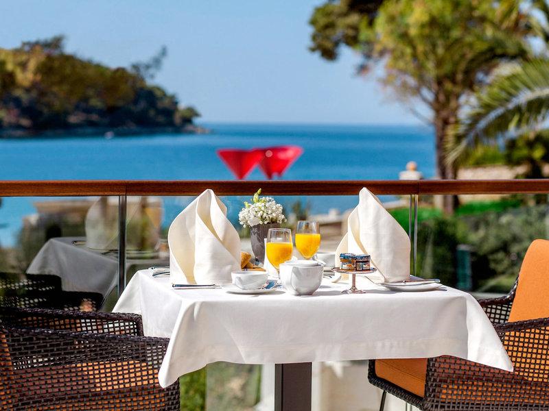 Boutique Hotel Alhambra Kroatien - Frühstück mit Meerblick