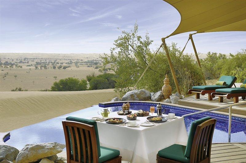 Al Maha Luxury Resort Dubai - Privates Dinieren auf der Terrasse