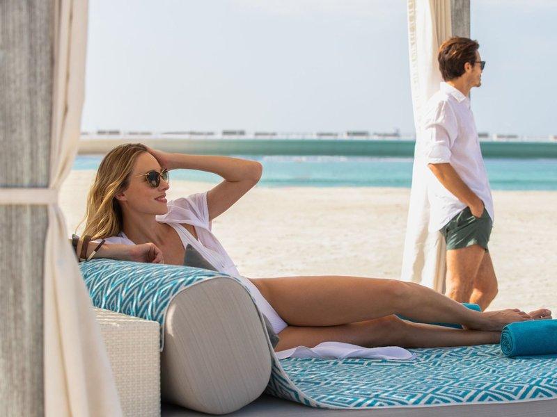 Jumeirah Beach Hotel Dubai - Entspannung zu Zweit am Strand
