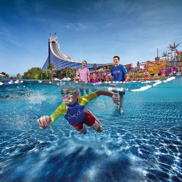 Jumeirah Beach Hotel Dubai - Pool Time mit den Kleinen