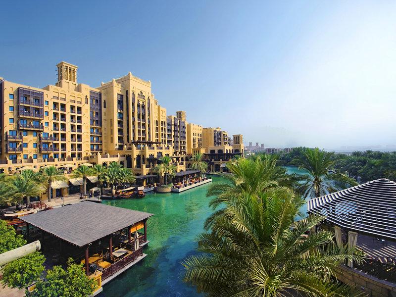 Madinat Jumeirah Resort Dubai - Sonnenstimmung auf der Hotel Lagune