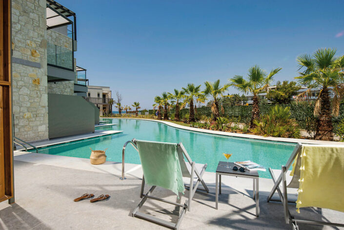 Portes Lithos Luxury Chalkidiki - Wohnbeispiel mit Poolzugang