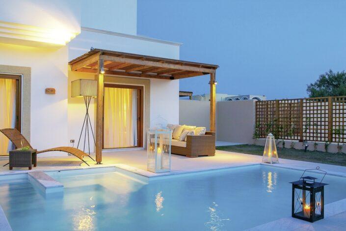 Lindian Village Rhodos - Es wird abend am privaten Pool