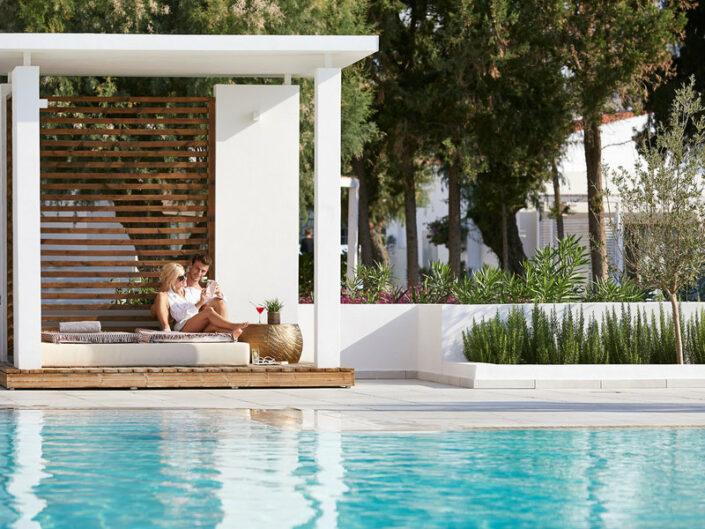 Kinderhotel Rhodos LUX ME - Pool Entspannung für Zwei