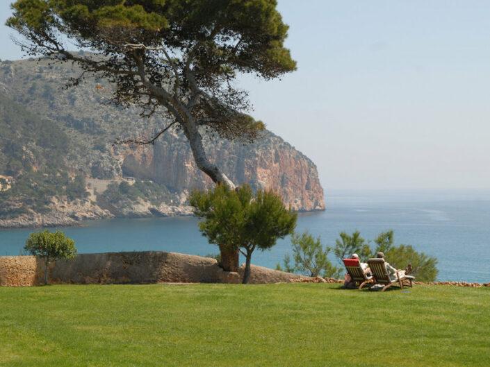 Can Simoneta Mallorca - Einfach nur im Garten sitzen und den grandiosen Ausblick geniessen