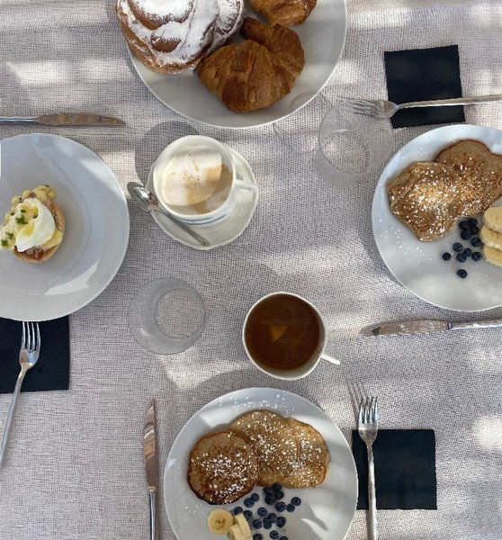 Beim leckeren Frühstück