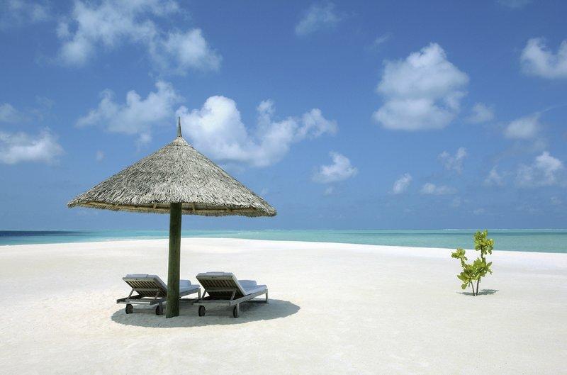 COMO Cocoa Island Luxusresort - Zeit für zwei am Strand